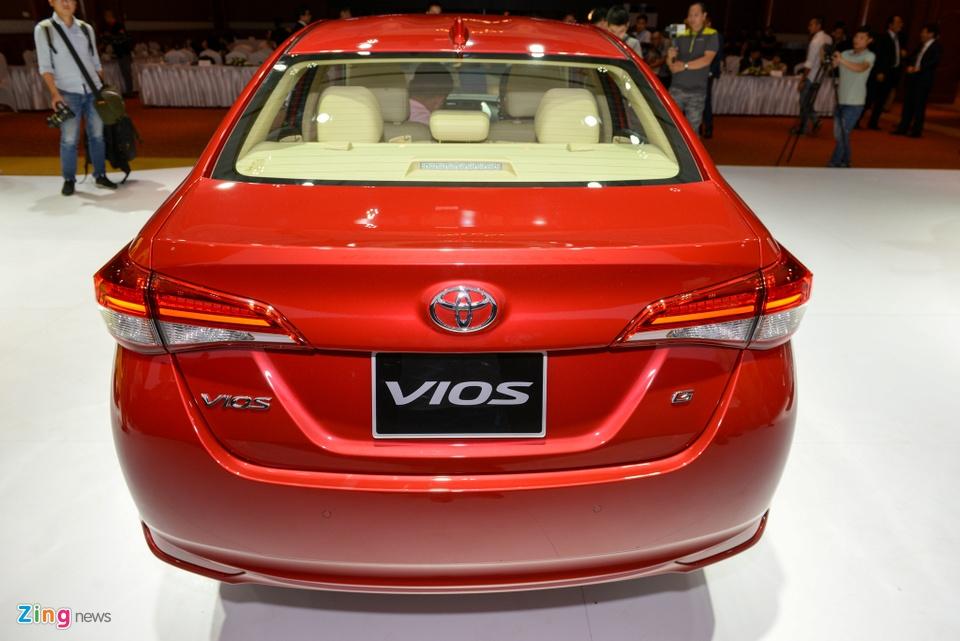Nen chon mua Nissan Sunny hay Toyota Vios? hinh anh 8