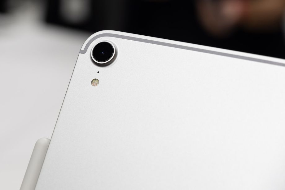 iPad Pro 2018 ra mat - cau hinh sieu manh, ho tro Face ID hinh anh 7