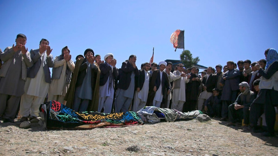 tan cong truong hoc o Afghanistan anh 4