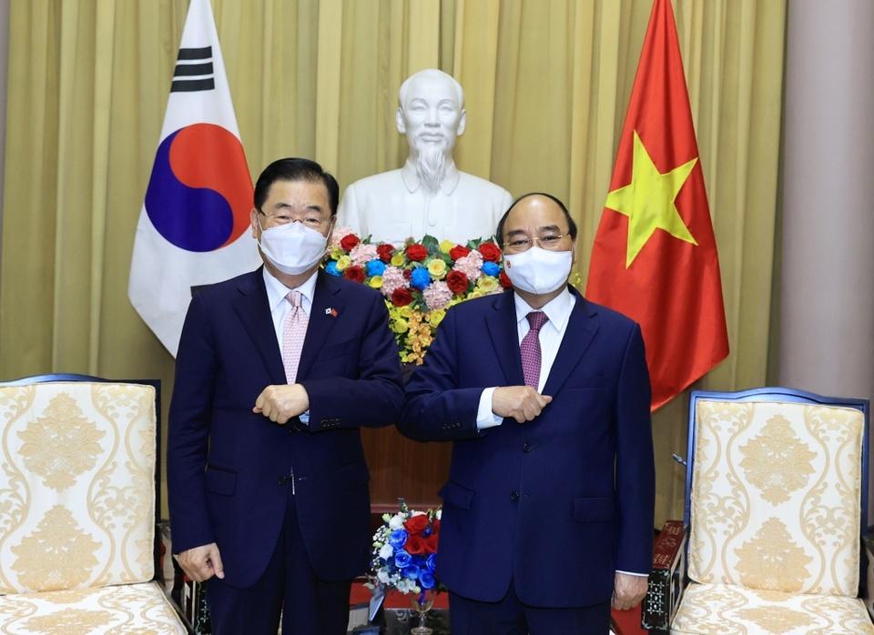 viet-nam-mong-muon-han-quoc-chia-se-kinh-nghiem-che-tao-vaccine