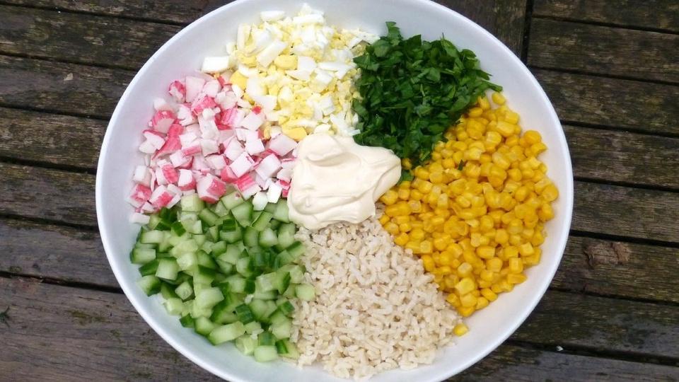 9 loai salad Nga de lam, ngon mieng va nhieu duong chat hinh anh 8
