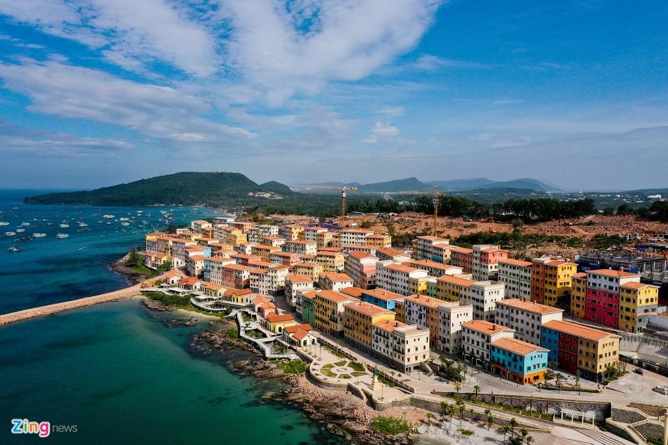 Việt Nam cần làm gì để đón khách quốc tế trở lại?