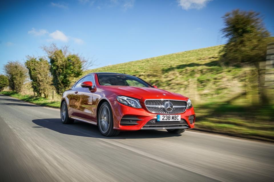 Mercedes-Benz E350 2019 dung dong co hybrid 300 ma luc hinh anh 7