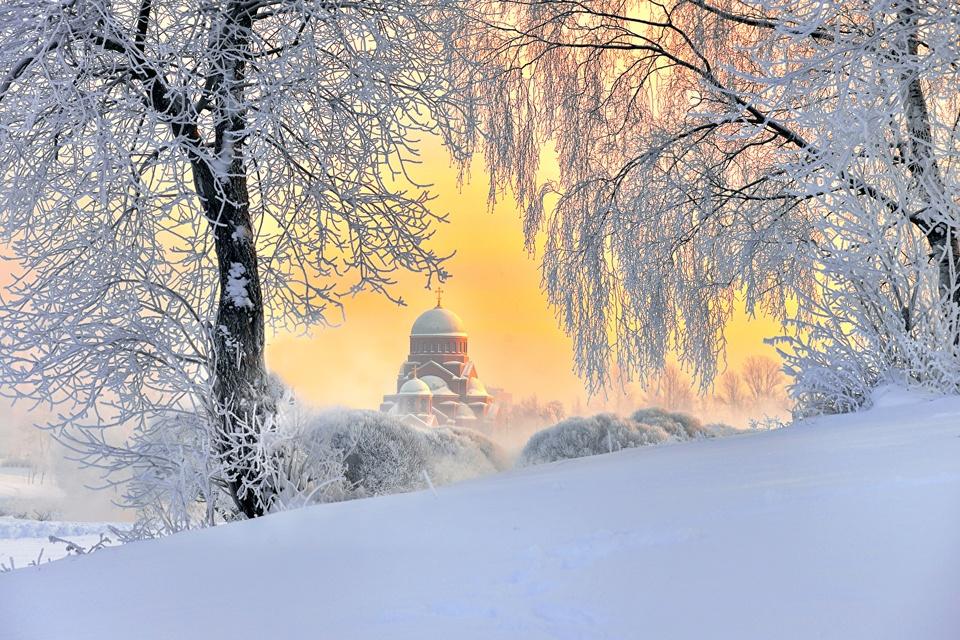 https://znews-photo.zadn.vn/w960/Uploaded/mdf_nkxdwz/2018_12_18/Winter_St_Petersburg_468627.jpg