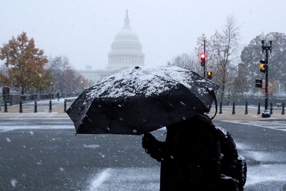 Washington D.C. don dot tuyet dau mua lon nhat trong 30 nam hinh anh 3
