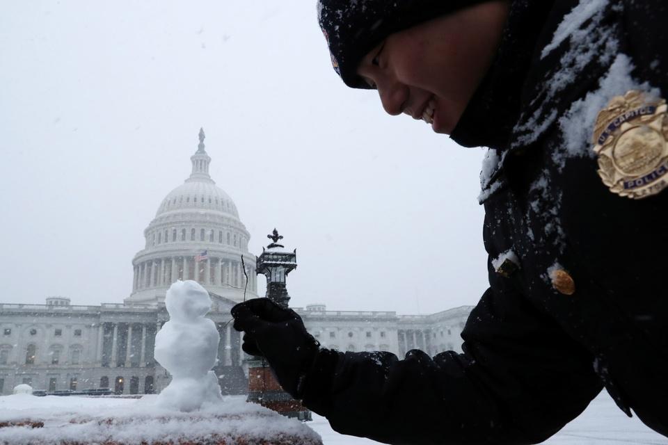 Washington D.C. don dot tuyet dau mua lon nhat trong 30 nam hinh anh 6