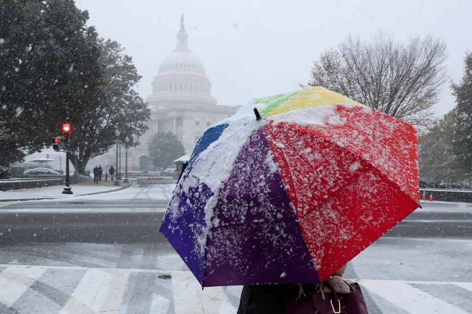 Washington D.C. don dot tuyet dau mua lon nhat trong 30 nam hinh anh 1