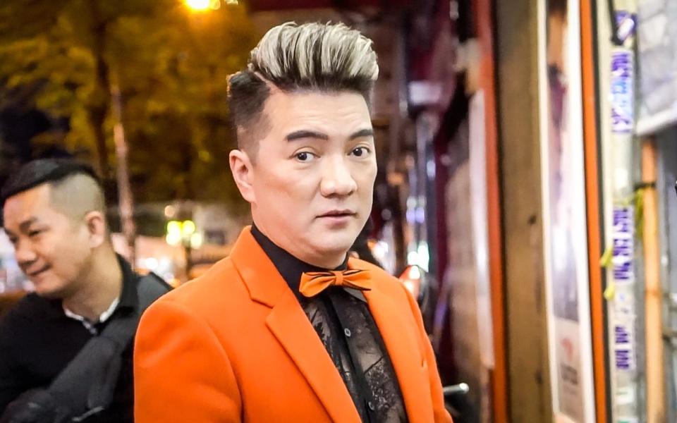 Nghe si noi ve vu Dam Vinh Hung: 'Khong the thich danh nguoi la danh' hinh anh