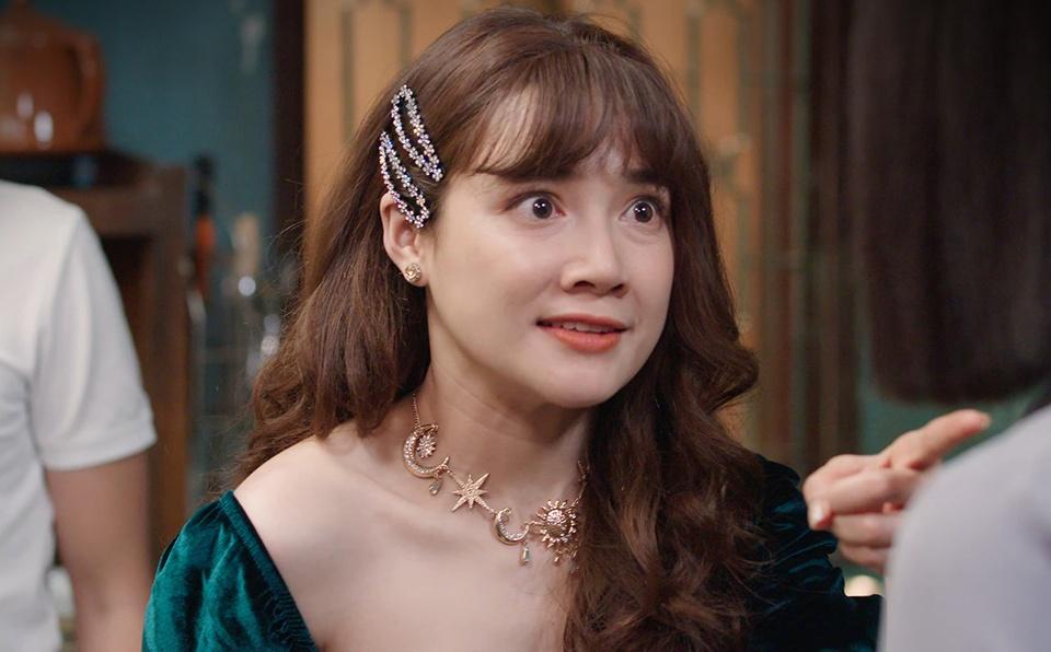 nha-phuong-thuy-ngan-kiet-suc-sau-canh-quay-14-tieng