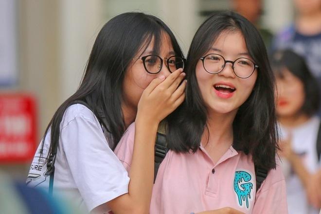 truong-chuyen-dau-tien-tai-ha-noi-cong-bo-diem-trung-tuyen-lop-10