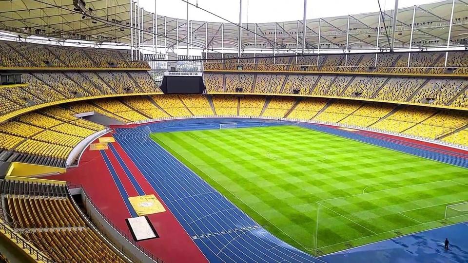 Bukit Jalil là sân vận động lớn nhất Đông Nam Á, lớn thứ hai châu Á sau sân Mồng Một tháng Năm của Triều Tiên và nằm trong danh sách 10 sân vận động lớn nhất hành tinh với sức chứa hơn cả sân vận động Old Trafford của MU, Santiago Bernabeu của Real Madrid và gấp đôi Mỹ Đình, Việt Nam. Ảnh:Getty Images.