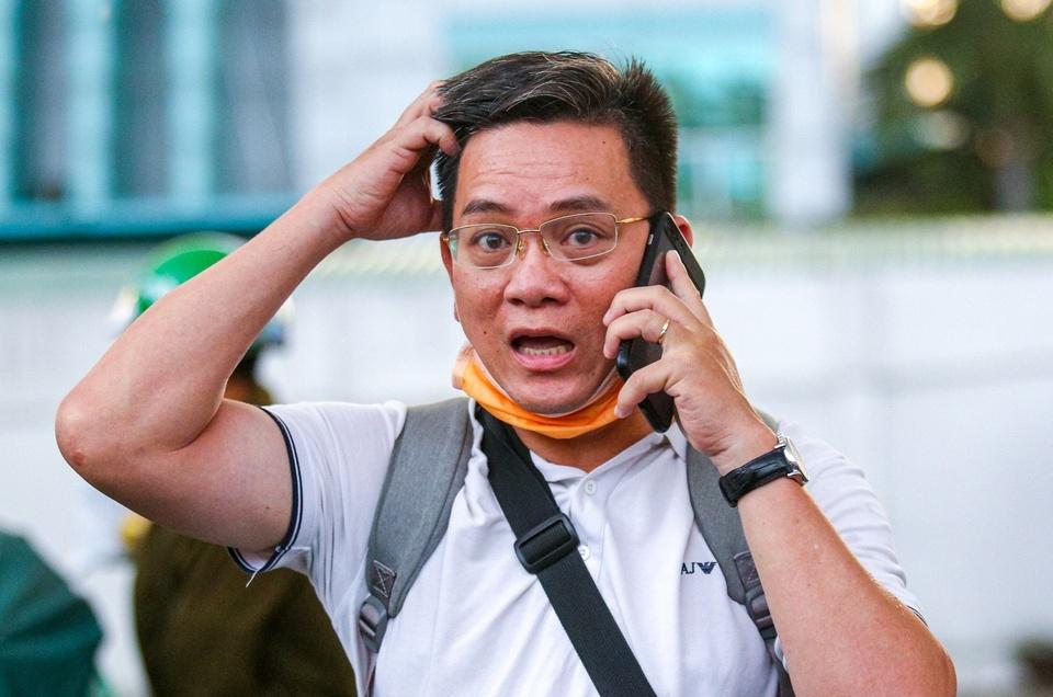 Thu truong Bo GTVT: Giai quyet buc boi cua hanh khach tai Tan Son Nhat hinh anh