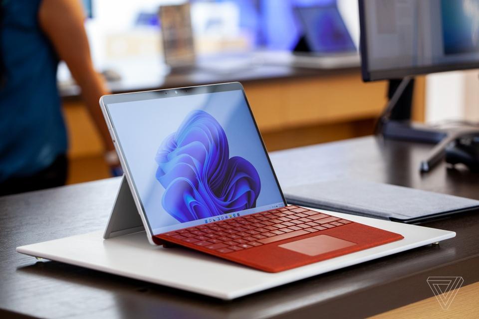 Microsoft ra mat Surface Laptop Studio va Surface Pro 8 anh 9