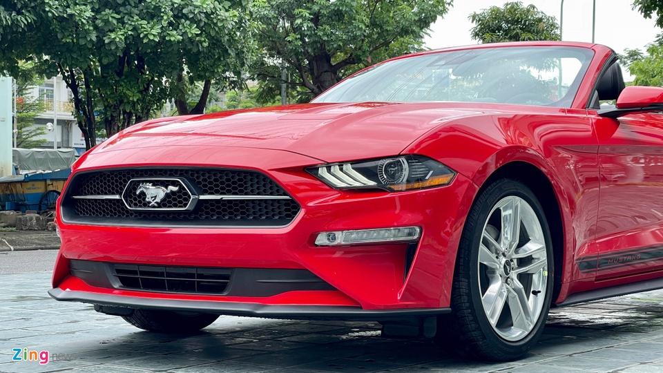 Ford Mustang 2021 tai Viet Nam anh 9