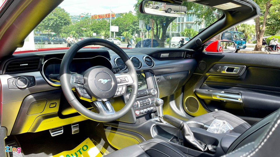 Ford Mustang 2021 tai Viet Nam anh 11