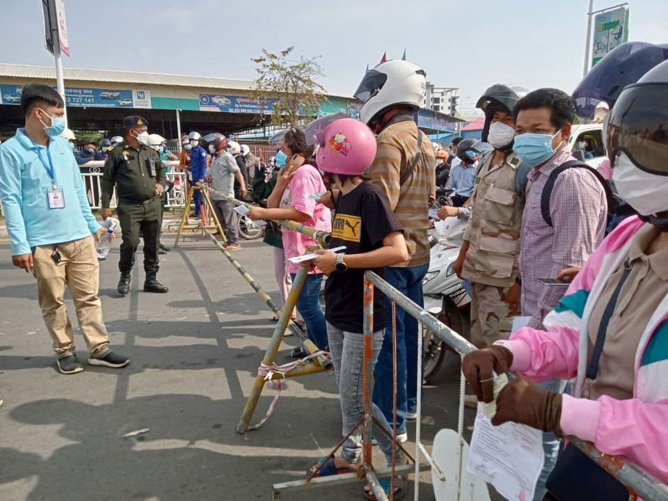 Campuchia phong toa thu do Phnom Penh anh 2
