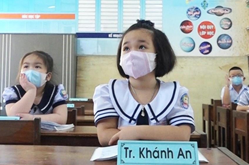 khanh-hoa-cho-hoc-sinh-tam-dung-den-truong