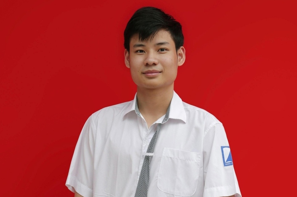 chu-nhan-huy-chuong-vang-imo-2021-hoc-toan-tu-nhien-nhu-hit-tho